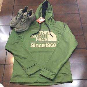 🆕 The North Face Hoodie